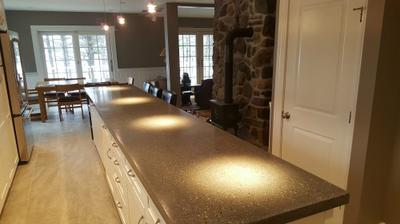 Kitchen concrete countertop